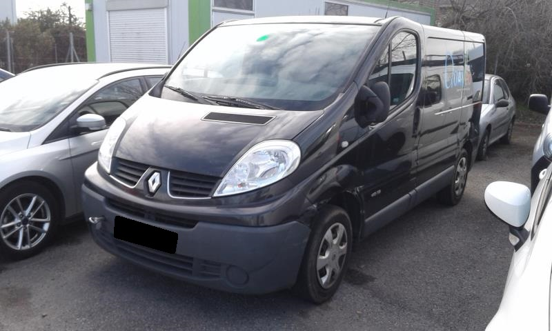pi ces d tach es renault trafic 2 combi phase 3 dci de 2010 sud ouest autos. Black Bedroom Furniture Sets. Home Design Ideas